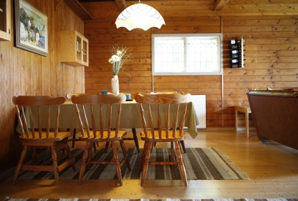 Gemeinsam frühstücken mit der Familie im Ferienhaus